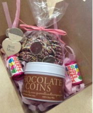 Special Mum Chocolate Quinnell Candle Gift Box